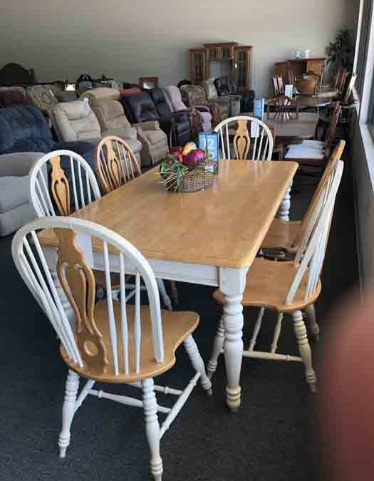 Table and 6 chairs $263